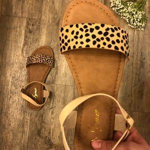 🐆😍 NEW Cheetah/Leopard Sandals 🐆🥰